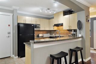 """Photo 6: 511 2988 SILVER SPRINGS Boulevard in Coquitlam: Westwood Plateau Condo for sale in """"TRILLIUM"""" : MLS®# R2441793"""
