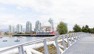 "Photo 7: 505 125 MILROSS Avenue in Vancouver: Downtown VE Condo for sale in ""CREEKSIDE"" (Vancouver East)  : MLS®# R2567212"