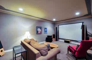 Photo 17: 15118 ROYAL Avenue: White Rock House for sale (South Surrey White Rock)  : MLS®# R2033445