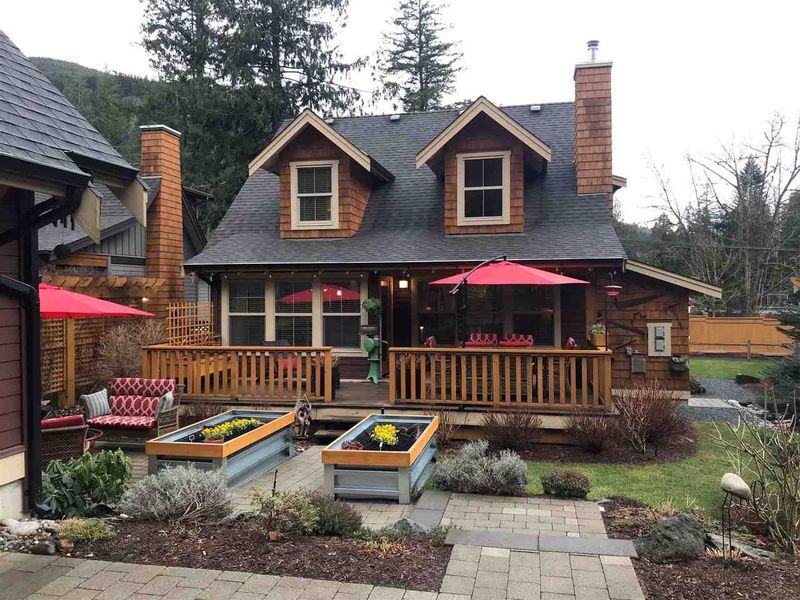 FEATURED LISTING: 43433 BLUE GROUSE Lane Lindell Beach