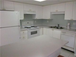 """Photo 5: 305 719 PRINCESS Street in New Westminster: Uptown NW Condo for sale in """"Stirling Place"""" : MLS®# V1006538"""