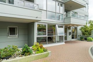 Photo 2: 1905 235 GUILDFORD WAY in Port Moody: North Shore Pt Moody Condo for sale : MLS®# R2404474