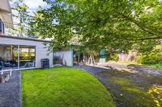 Photo 3: 5193 N WHITWORTH CRESCENT in Delta: Ladner Elementary House for sale (Ladner)  : MLS®# R2593689
