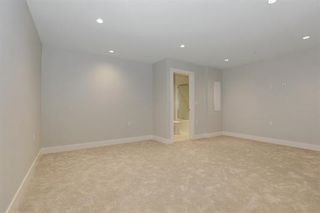 Photo 15: 233 W 19TH Street in North Vancouver: Central Lonsdale 1/2 Duplex for sale : MLS®# R2202782
