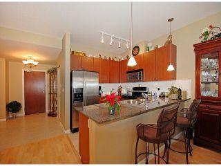 "Photo 4: 108 15380 102A Avenue in Surrey: Guildford Condo for sale in ""CHARLTON PARK"" (North Surrey)  : MLS®# F1228855"