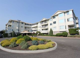 "Photo 1: 105 8725 ELM Drive in Chilliwack: Chilliwack E Young-Yale Condo for sale in ""ELMWOOD TERRACE"" : MLS®# R2464677"