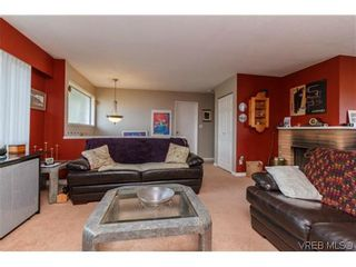 Photo 3: 1753 Kenmore Rd in VICTORIA: SE Lambrick Park House for sale (Saanich East)  : MLS®# 695471