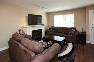 "Photo 5: 5 6568 193B Street in Surrey: Clayton Townhouse for sale in ""Belmont"" (Cloverdale)  : MLS®# R2052017"