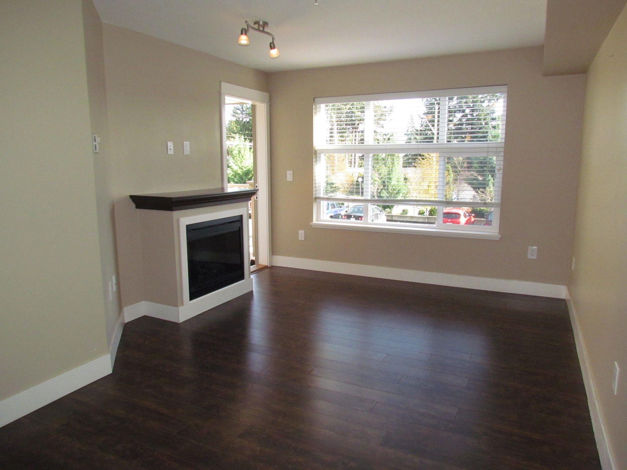 Photo 2: Photos: #204 2515 Park Drive in Abbotsford: Central Abbotsford Condo for rent