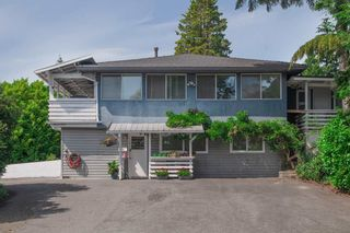 Photo 1: 687 LINTON Street in Coquitlam: Central Coquitlam House for sale : MLS®# R2474802