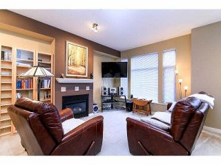 "Photo 3: 21 20120 68TH Avenue in Langley: Willoughby Heights Townhouse for sale in ""THE OAKS"" : MLS®# F1430505"