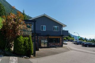 """Photo 26: 408 CROSSCREEK Road: Lions Bay Townhouse for sale in """"The Cedars"""" (West Vancouver)  : MLS®# R2514605"""