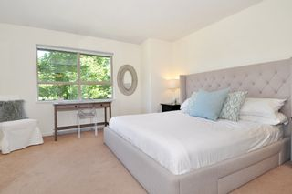 """Photo 11: 37 100 KLAHANIE Drive in Port Moody: Port Moody Centre Townhouse for sale in """"INDIGO"""" : MLS®# R2303018"""