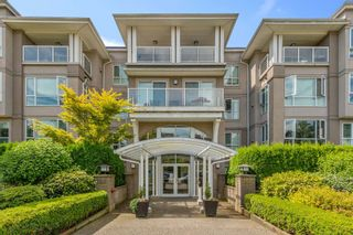 """Photo 1: 111 155 E 3RD Street in North Vancouver: Lower Lonsdale Condo for sale in """"The Solano"""" : MLS®# R2596200"""