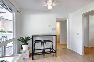 Photo 11: 16 Brae Glen Court SW in Calgary: Braeside Row/Townhouse for sale : MLS®# A1112345