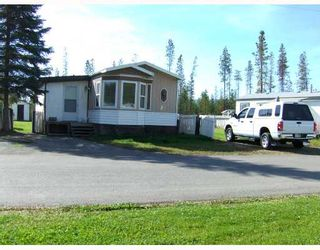 """Photo 1: 27 5125 NORTH NECHAKO Road in Prince_George: Nechako Bench Manufactured Home for sale in """"EVERGREEN TRAILER PARK"""" (PG City North (Zone 73))  : MLS®# N176575"""