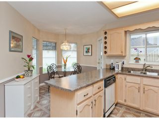 """Photo 19: 28 21138 88TH Avenue in Langley: Walnut Grove Townhouse for sale in """"SPENCER GREEN"""" : MLS®# F1318729"""