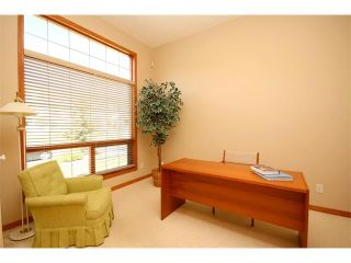 Photo 2: 4 Eagleview Place: Cochrane House for sale : MLS®# C4010361