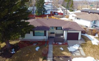 Photo 1: 1248 Jubilee Drive in Swift Current: North Hill Residential for sale : MLS®# SK844497