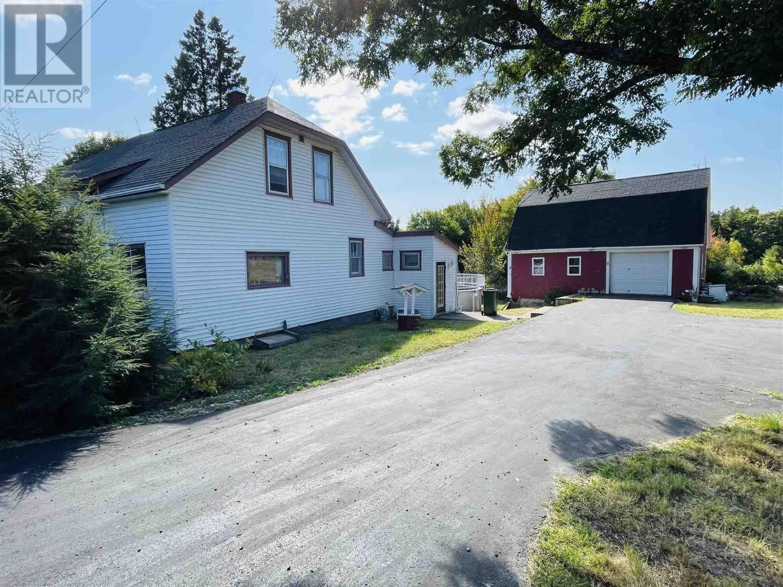 Main Photo: 85 Highway 208 in New Germany: House for sale : MLS®# 202125613