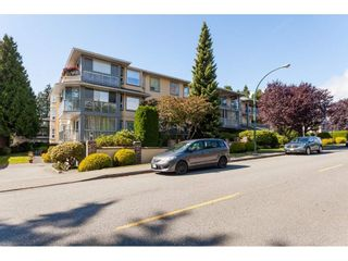 Photo 2: 200 1459 BLACKWOOD Street: White Rock Condo for sale (South Surrey White Rock)  : MLS®# R2491056