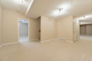Photo 42: 1197 HOLLANDS Way in Edmonton: Zone 14 House for sale : MLS®# E4253634