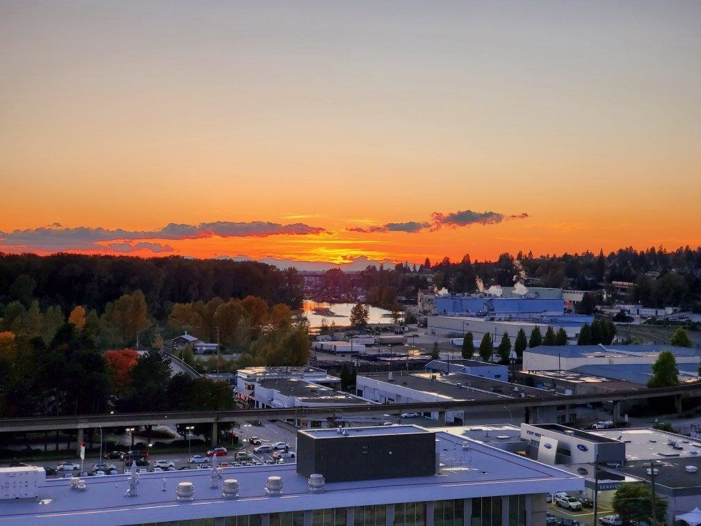 """Main Photo: 1201 220 ELEVENTH Street in New Westminster: Uptown NW Condo for sale in """"Queens Cove"""" : MLS®# R2526825"""