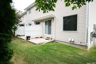 Photo 4: 38 215 Pinehouse Drive in Saskatoon: Lawson Heights Residential for sale : MLS®# SK864453