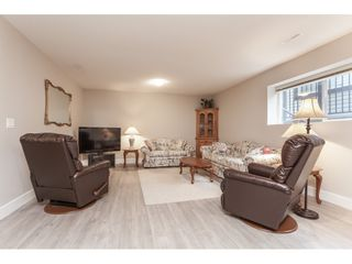 """Photo 15: 21656 91 Avenue in Langley: Walnut Grove House for sale in """"Madison Park"""" : MLS®# R2441594"""