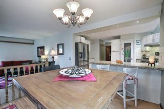 Photo 19: 824 Shawnee Drive SW in Calgary: Shawnee Slopes Detached for sale : MLS®# A1083825