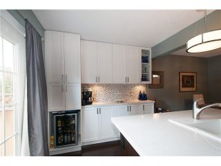Photo 3: 214 BALMORAL Place in Port Moody: North Shore Pt Moody Townhouse for sale : MLS®# V1056784