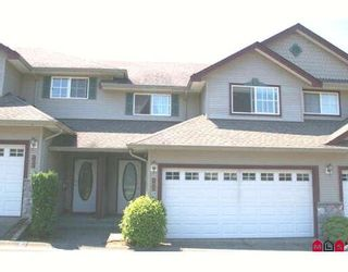"""Photo 1: 100 46360 VALLEYVIEW Road in Sardis: Promontory Townhouse for sale in """"APPLE CREEK"""" : MLS®# H2803711"""