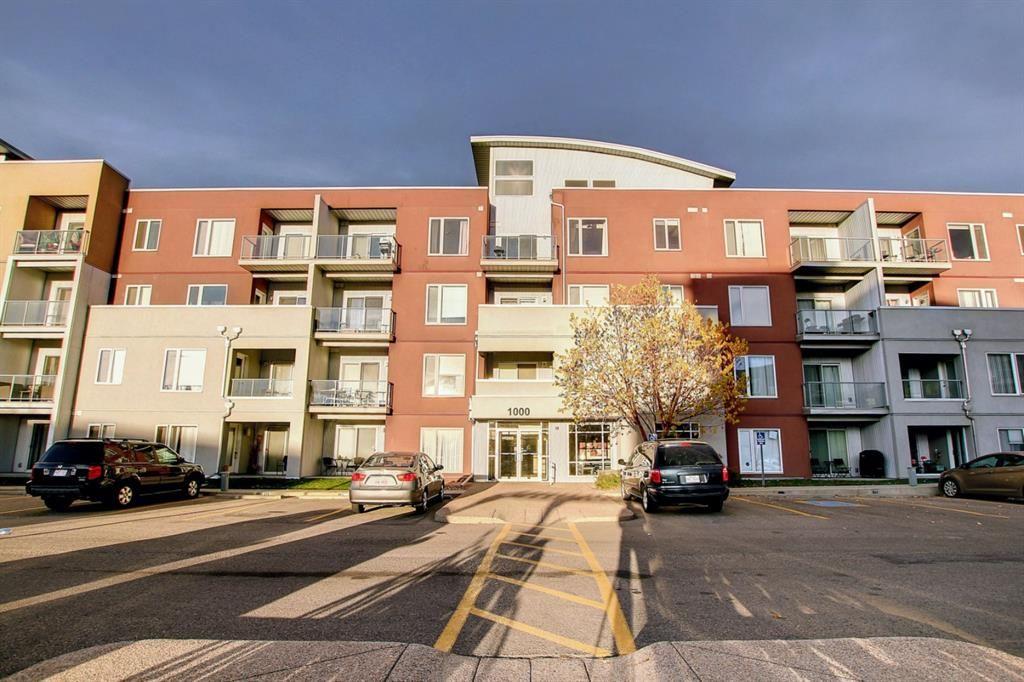 Main Photo: 1108 604 East Lake Boulevard NE: Airdrie Apartment for sale : MLS®# A1154302