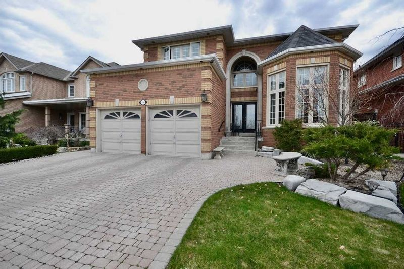 FEATURED LISTING: 190 Avro Road Vaughan