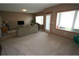 Photo 14: 107 CRESTMONT Drive SW in : Crestmont Residential Detached Single Family for sale (Calgary)  : MLS®# C3471222