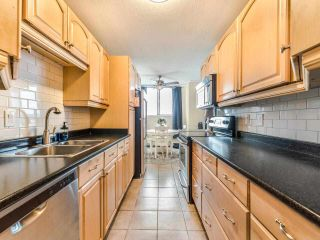 Photo 8: 802 320 ROYAL Avenue in New Westminster: Downtown NW Condo for sale : MLS®# R2584522