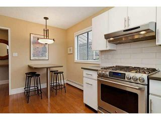 Photo 3: 327 E 11TH Street in North Vancouver: Central Lonsdale 1/2 Duplex for sale : MLS®# V1119339