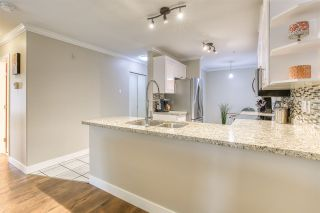 """Photo 3: 113 1999 SUFFOLK Avenue in Port Coquitlam: Glenwood PQ Condo for sale in """"KEY WEST"""" : MLS®# R2493657"""