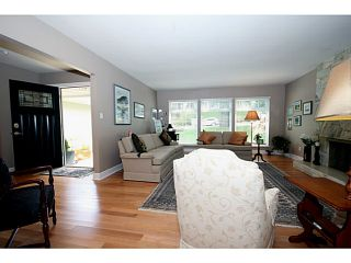 """Photo 3: 5539 4TH Avenue in Tsawwassen: Pebble Hill House for sale in """"PEBBLE HILL"""" : MLS®# V1067813"""
