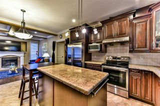"""Photo 6: 19199 70 Avenue in Surrey: Clayton House for sale in """"Clayton"""" (Cloverdale)  : MLS®# R2002830"""