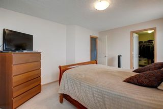 Photo 17: 223 Springborough Way SW in Calgary: Springbank Hill Detached for sale : MLS®# A1114099