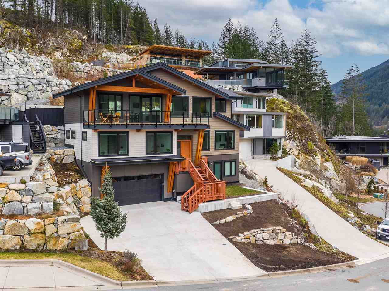 """Main Photo: 38580 HIGH CREEK Drive in Squamish: Plateau House for sale in """"Crumpit Woods"""" : MLS®# R2547060"""