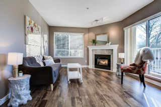 """Photo 2: 202 12206 224 Street in Maple Ridge: East Central Condo for sale in """"COTTONWOOD"""" : MLS®# R2422789"""