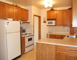 Photo 4: 16 BREWSTER Bay in WINNIPEG: Transcona Residential for sale (North East Winnipeg)  : MLS®# 2913099