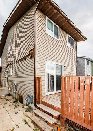 Photo 4: 48 Whitworth Way NE in Calgary: Whitehorn Detached for sale : MLS®# A1147094