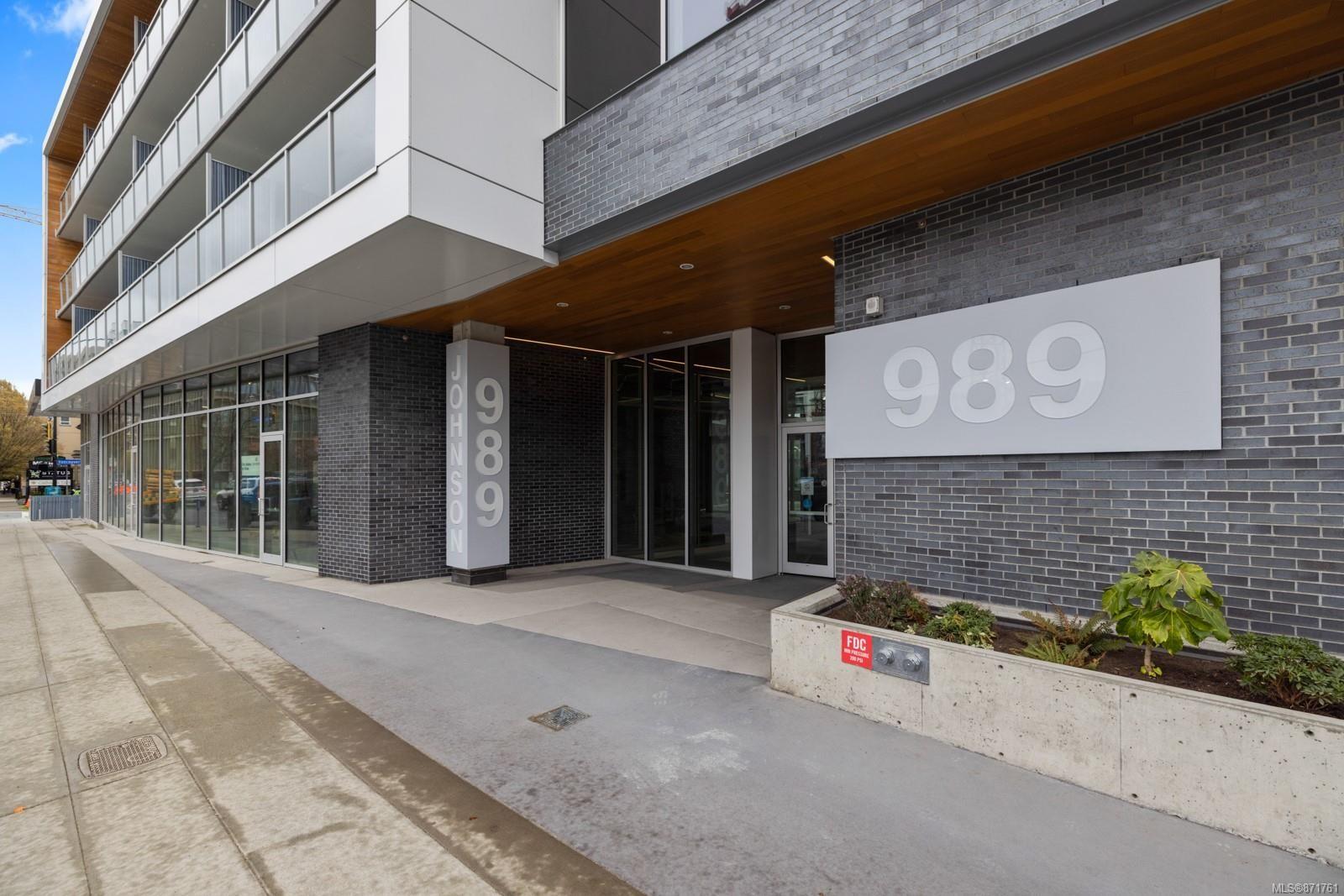 Main Photo: 503 989 Johnson St in : Vi Downtown Condo for sale (Victoria)  : MLS®# 871761