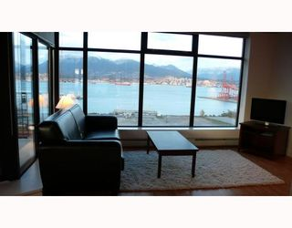 """Photo 2: 2310 128 W CORDOVA Street in Vancouver: Downtown VW Condo for sale in """"WOODWARDS W43"""" (Vancouver West)  : MLS®# V791001"""