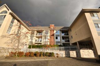 "Photo 18: 310 19835 64 Avenue in Langley: Willoughby Heights Condo for sale in ""Willowbrook Gate"" : MLS®# R2512847"