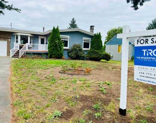 Photo 2: 45385 CRESCENT Drive in Chilliwack: Chilliwack W Young-Well House for sale : MLS®# R2607955