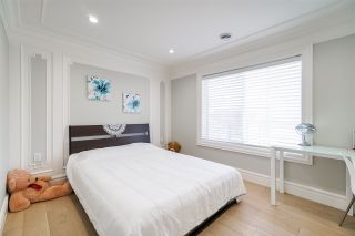 """Photo 29: 2017 LONDON Street in New Westminster: Connaught Heights House for sale in """"CONNAUGHT HEIGHTS"""" : MLS®# R2555977"""